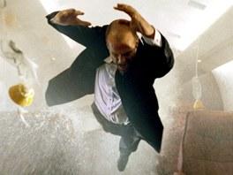 Jason Statham začal jako manekýn, dopracoval to ale až k filmu.