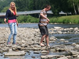 Vody ubývá i v Ostravici ve Frýdku-Místku, ale na jiných tocích na