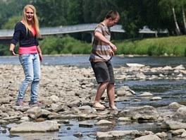 Vody ub�v� i v Ostravici ve Fr�dku-M�stku, ale na jin�ch toc�ch na