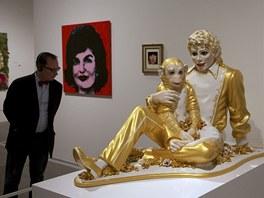 Jeff Koons: Michael Jackson a Bubbles (1995) - z instalace Metropolitního muzea