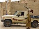 Bojovník islamistického hnutí Ansar Dine v Timbuktu (31. srpna 2012)
