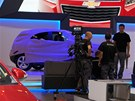 Chevrolet Trax je malé SUV. P�ed premiérou ho schovali do speciálního obleku s...
