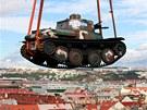 Historický český tank LTP 38 nad Prahou (27. září 2012)