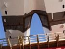 Jednotlivé díly oblouku mají hmotnost 720 tun.