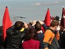 Letová ukázka B-52 na Dnech NATO 2012