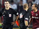 Spar�an Marek Mat�jovsk� se po duelu s Olomouc� pou�t� do debat s rozhod��mi.