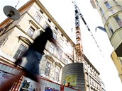 Kv�li rekonstrukci ch�traj�c� pam�tky na rohu ulic �esk� a Jakubsk� v Brn�...
