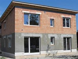 V areálu českobudějovického výstaviště vyrůstá dům budoucnosti, první pasivní