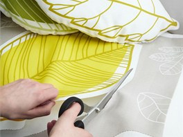 Se vzory listů lze dále pracovat, třeba je vystříhat na polštářky.
