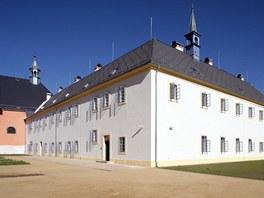 Rekonstrukce františkánského kláštera v Hostinném.  Autor: Ing. arch. Libor