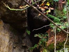 Vchod do pseudokrasov� jeskyn�