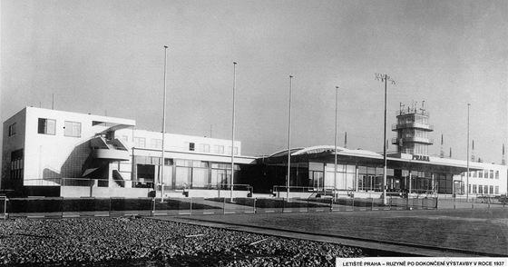 Letiště Praha - Ruzyně po dokoknčení výstavby v roce 1937.