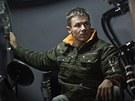 Baumgartner pózuje v gondole. V úterý 9. října do ní vlezl i v plné polní ve