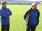 Zden�k ��asn� (vpravo) u� vedl fotbalisty Teplic na �tern�m tr�ninku. Vedle n�j