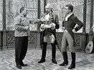 Karel Zeman s herci Milo�em Kopeck�m a Rudolfem Jel�nkem p�i nat��en� filmu