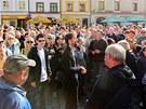 Na Pernštýnském náměstí se sešlo na pět set lidí, kteří měli o prohlídku...