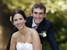 Cyklista Roman Kreuziger si vzal snoubenku Michaelu (5. října 2012).