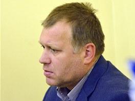 Vladimíra Šišku poslal soud do vazby, mohl by prý ovlivňovat svědky.