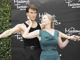 Lisa Niemi a vosková figurína Patricka Swayzeho v muzeu Madame Tussauds v...