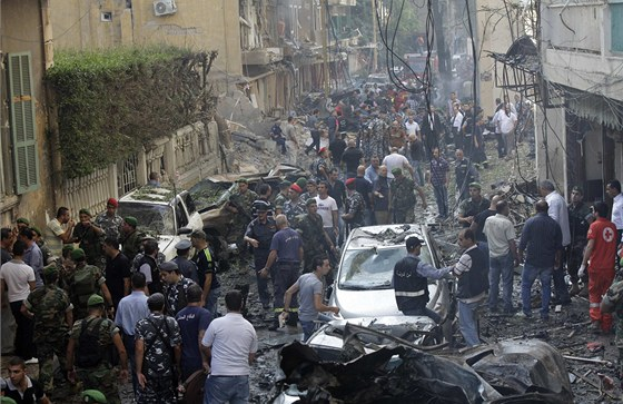 Následky pumového útoku v křesťanské čtvrti Ašrafíja v Bejrútu (19. října 2012)