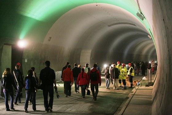 Ražené úseky tunelu Blanka, Nová rakouská tunelovací metoda v praxi.