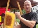 Včelaři na Jiřáku předvedou, jak se med stáčí a rádi cokoliv kolem medu