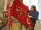 Ve sbírce v krajském sídle KSČM je zařazená i předlistopadová vlajka telčských...