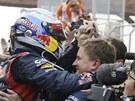 Sebastian Vettel coby �ampion Velk� ceny Koreje formule 1 se raduje se st�j�