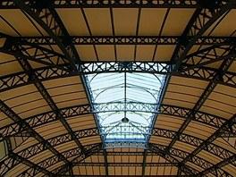 Prosklený strop haly pro chladicí zařízení
