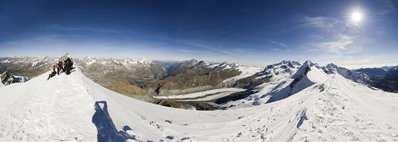 Panorama z vrcholu Breithornu