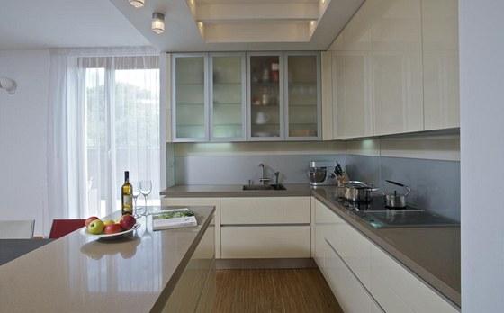 Moderní kuchyň poskytuje dostatek prostoru pro vaření, které je vášní René