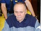 Ostravského dealera kokainu Jozefa Kulíška přivezli k soudu na invalidním