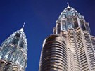 Petronas Tower přišel na 32 miliard korun.