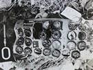 Zničená přístrojová deska z letadla YU-AJO.
