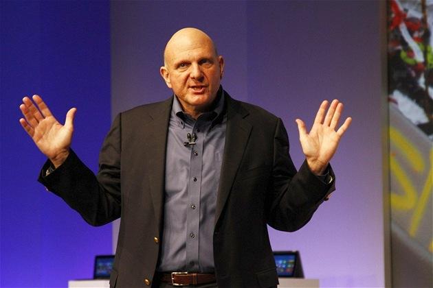 �éf firmy Microsoft Steve Ballmer p�edstavuje Windows 8