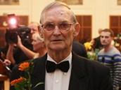 Cenu města Ostravy převzal i sbormistr Lumír Pivovarský. (24. října 2012)