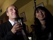 Libor Michálek slaví s manželkou Radkou vítězství v senátních volbách (20.