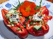 Syrová zelenina si zachová veškeré vitamíny a enzymy,