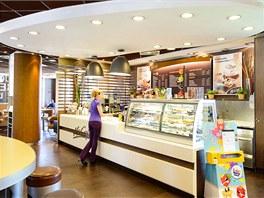 Restaurace McDonalds Bratislava – dodala KOMA MODULAR
