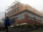 Hrubá stavba Slezského domu na vrcholu Lysé hory je už takřka hotova. (31.
