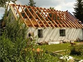 """Celá akce """"Výměna střechy"""" probíhala v měsíci srpnu a září roku 2009. Naštěstí..."""