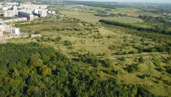 Ideální rozměry stavební parcely vPraze? 530 -1259 metrů čtverečních.