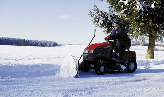 Radlici využijete na odklizení čerstvě napadaného sněhu.