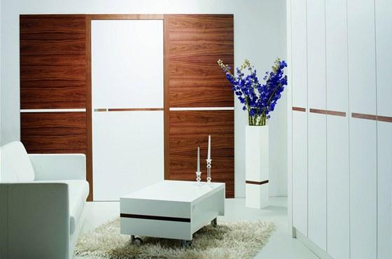 Povrch dveří lze sladit s ostatním vybavením interiéru.