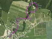 Dráhy kluzáků, které se protnuly nad Choustníkovým Hradištěm. (1. 7. 2012)