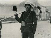 Německá jednotka s plamenomete u Verdunu
