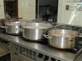 Fazole, hrách a cizrna na hrstkovou polévku