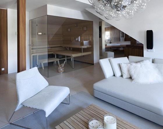 Prosklená sauna Klafs Lounge Q, jejímž dodavatelem byla firma Aquamarine Spa,