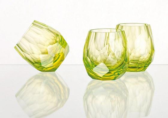 Elegantní sklenice na whiskey Cubismus uranium.