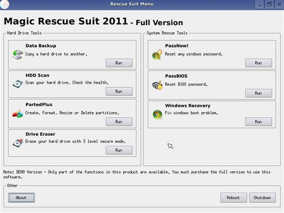 Nástroje z Magic Rescue CD umí obnovit funkčnost Windows a zabývají se i